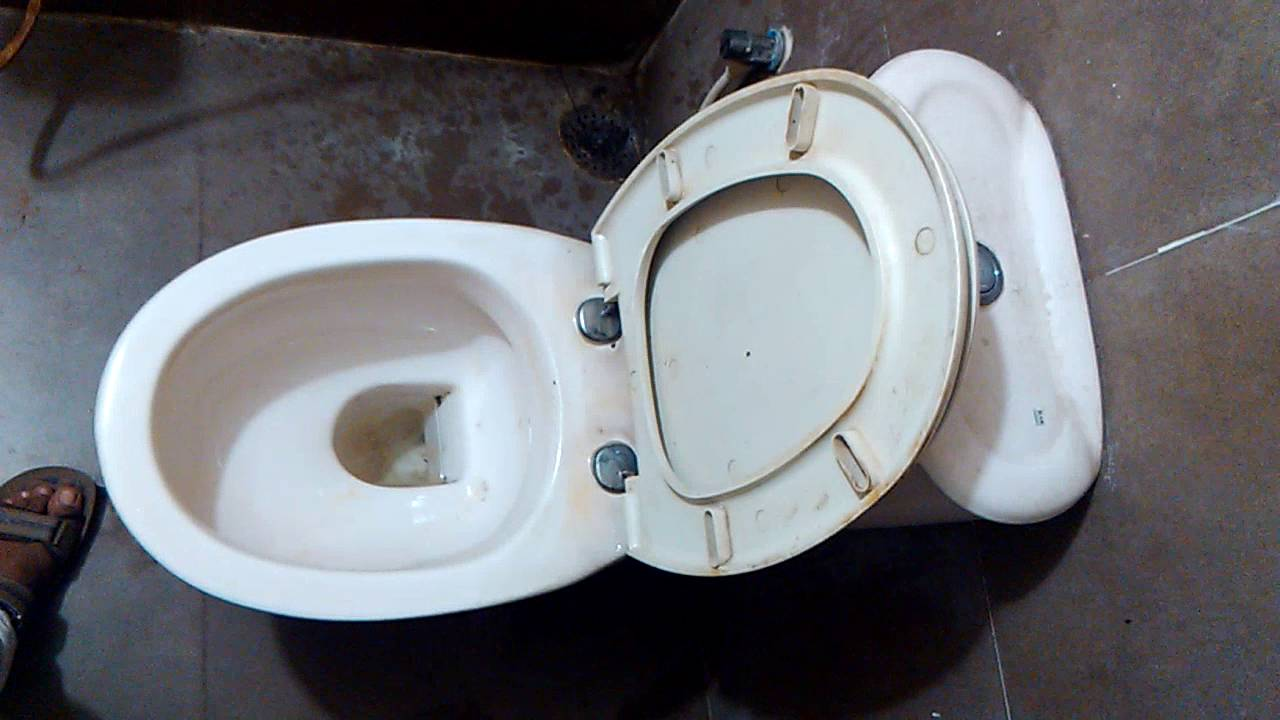 How to use commode bathroom - How To Use English Toilet