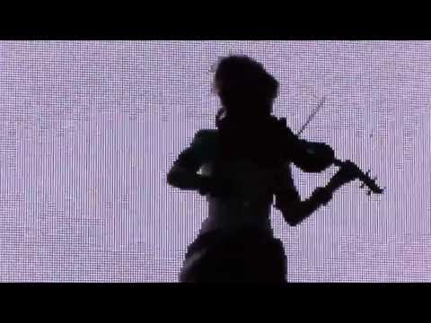 Lindsey Stirling - Intro / Anti Gravity (Live in Berlin, Tempodrom, 19.06.2013)