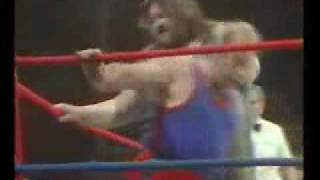 Giant Haystacks Destroys Wrestler In 28 Seconds!