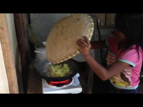 MY BABY COOKING ORDINARY BREAKFAST BIHON WITH SARDINES AND EGG AN EXPAT FOREIGNER PHILIPPINES