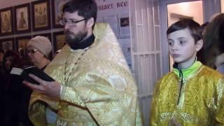 Рождественская служба в Палласовском храме(Праздник Рождества Христова в христианской православной Церкви один из наиболее почитаемых. Этот святой..., 2017-01-10T03:25:01.000Z)