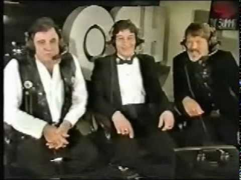 Happy New Year (Johnny Cash, Kris Kristofferson, Jim Varney)