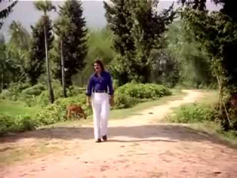 Idhu Kuzhandhai Paadum Thaalaattu      Oru Thalai Raagam 1980