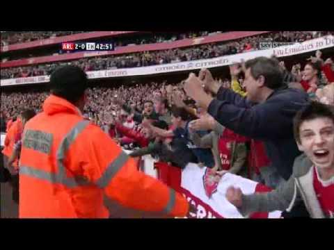 Van Persie and Fabregas Score Against Tottenham Arsenal Tottenham 3-0