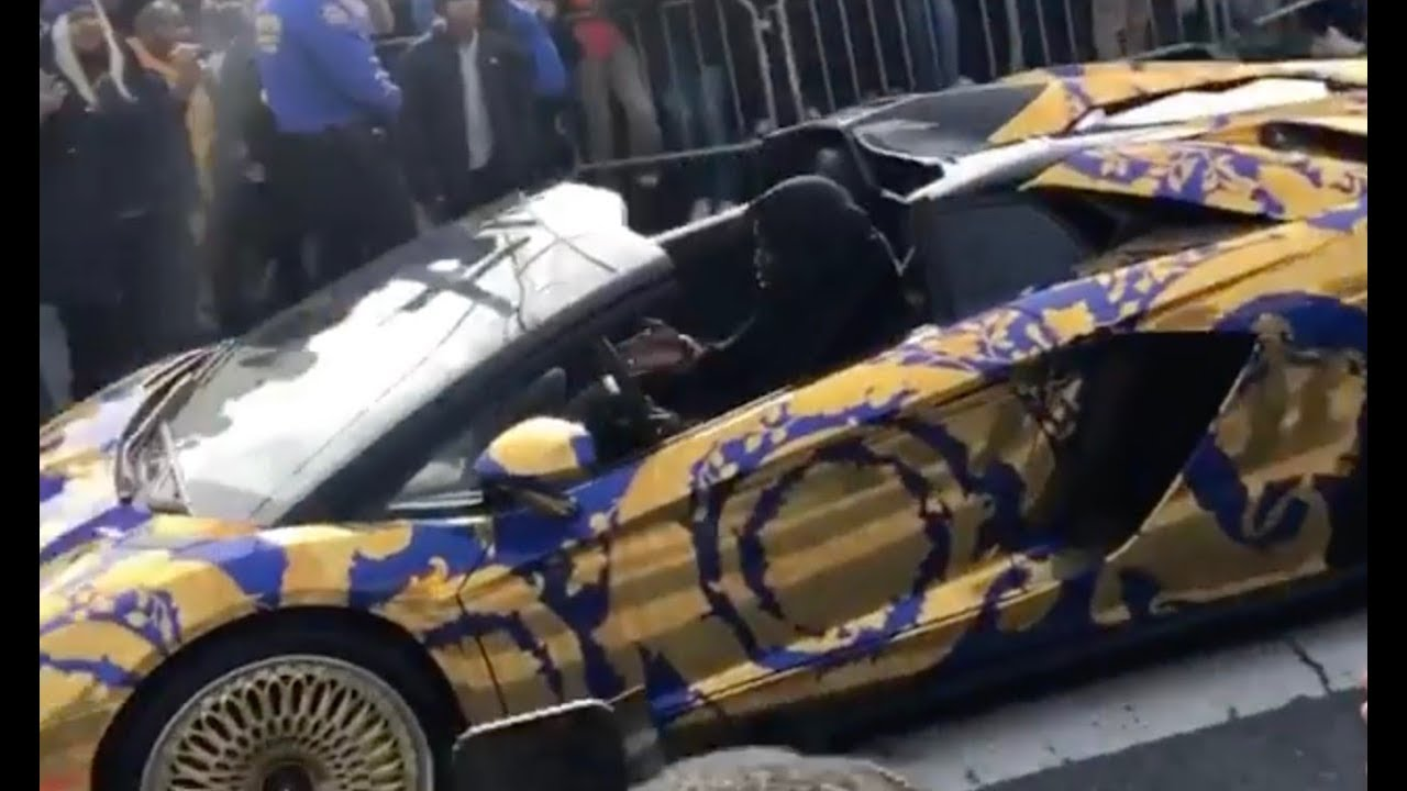 50 Cent Pulls up to Pop Smoke Funeral with a Fleet of Ballers Behind Him!