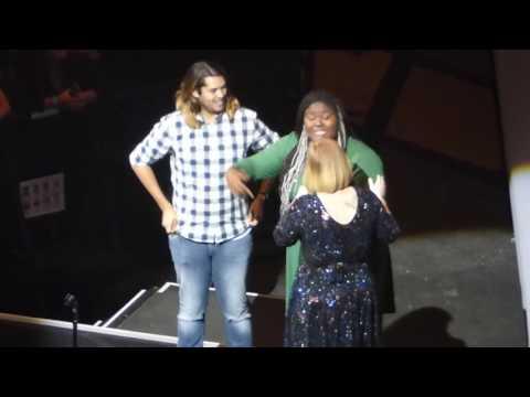 3/7 Adele - Best Friends Onstage + Water Under the Bridge @ Verizon Center, Washington, DC 10/10/16