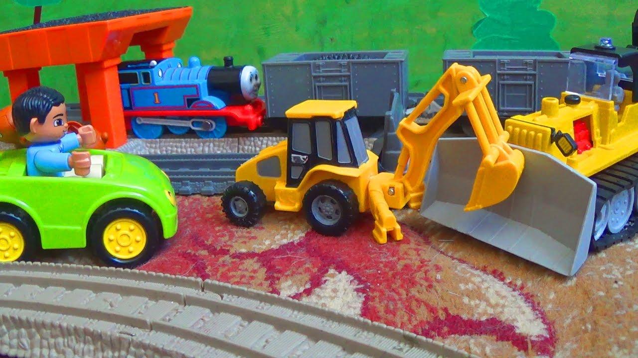 Видео про игрушки - Играем в Машинки и Поезда для детей - Детский канал Max Show for Kids