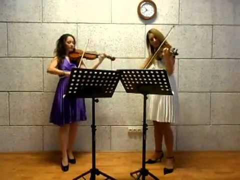 classical female duo - gm0377v001