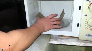 Как приготовить попкорн в МАЛЕНЬКОЙ микроволновке!