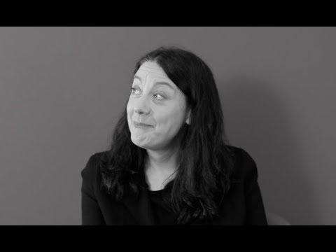 'I'm not answering that' | H is for Hawk author, Helen Macdonald for #VintageMeets