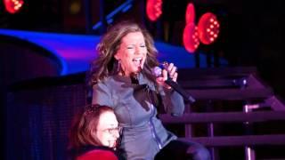 Martina Mc Bride 2011 Tour Laughlin Nevada .mp4