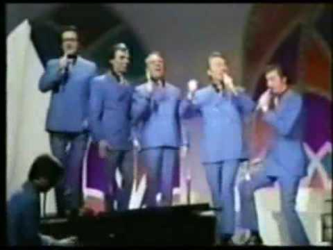 The Blackwood Brothers - Old Country Church