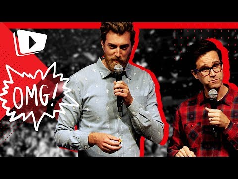 "Rhett & Link play ""Will it Smoothie??"" live on the VidCon Stage"