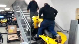 Repeat youtube video ATV Bombardier Renegade 800