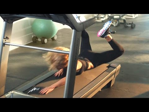 Taylor Swift Falls Off Treadmill (with slow motion)