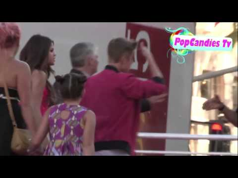 Jelena arriving at Part Of Me  premiere (June 26, 2012)