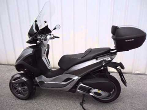 1d7d68fcffe58 Shad top Case PIAGGIO MP3 YOURBAN - YouTube