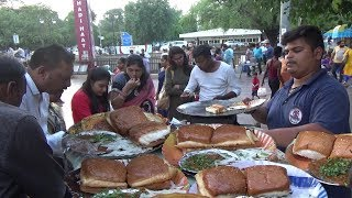 Pav Bhaji Besides Hanuman Temple Connaught Place Delhi | IN Street Food thumbnail