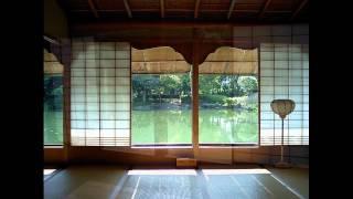 福井の丸岡城と養浩館庭園です。 http://en.wikipedia.org/wiki/Maruoka...