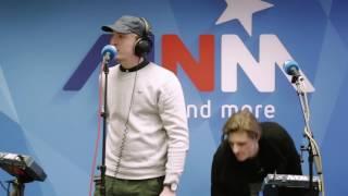 MNM: Snelle & Daniël Busser - Down To Earth (live)