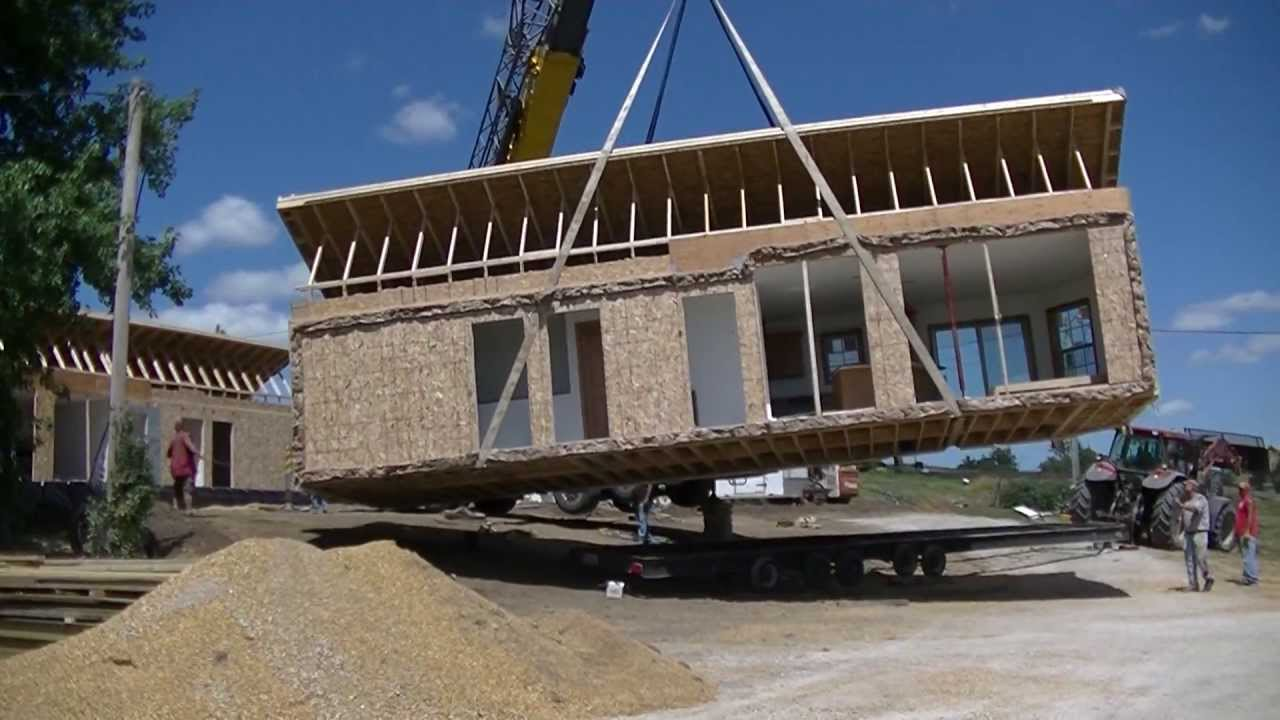 Modular Home Crane Setting In 3 1/2 Minutes   YouTube