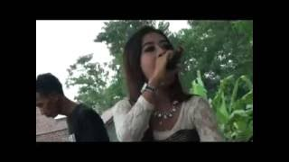 Video Cover Dangdut Koplo 2016 Sambalado download MP3, 3GP, MP4, WEBM, AVI, FLV Agustus 2017