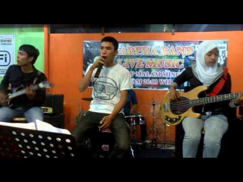 Five Minutes - Bertahan marpha (cover)