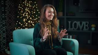 Lauren Daigle - Cajun Christmas Food!