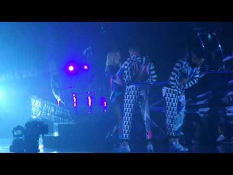 Ellie Goulding Zurich 28.02.16 Keep on dancin'