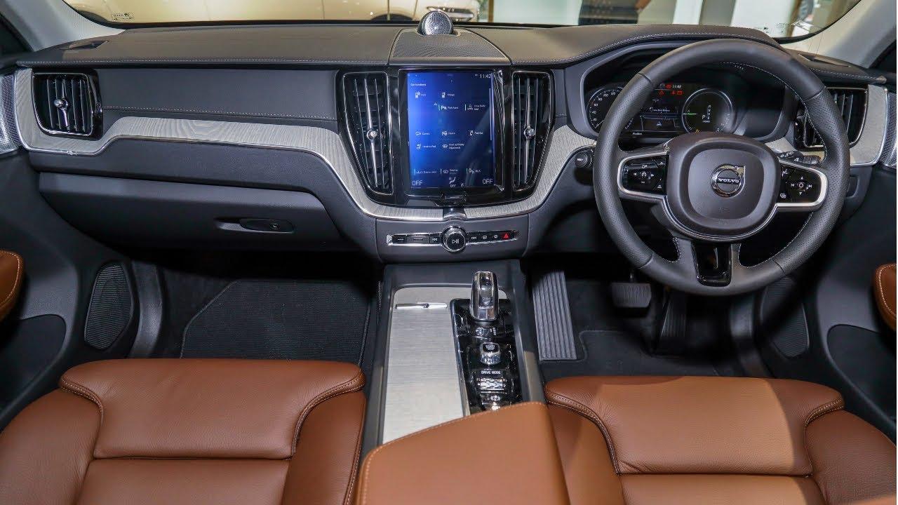 2020 volvo xc60 - exterior and interior