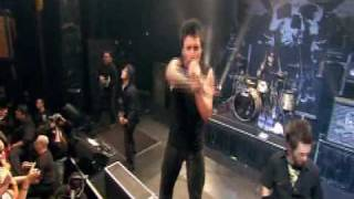 Papa Roach - Between Angels and Insects. [Live in Chicago]