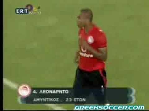 Olympiakos v Santander 1-2 (42' Leonardo o.g.)