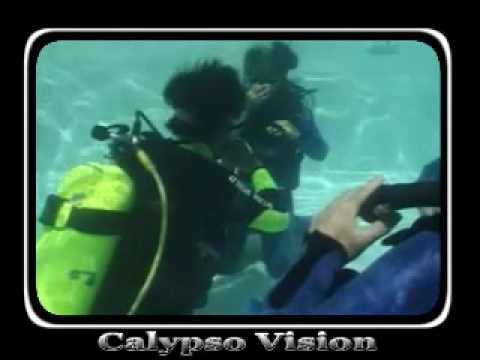 Twin sisters go Scuba diving
