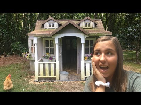 Cleaning The Chicken Coop/Coop Tour | Sydney Ashcraft