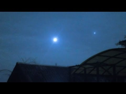 UFO Orbs Flash In The Sky Over Canada