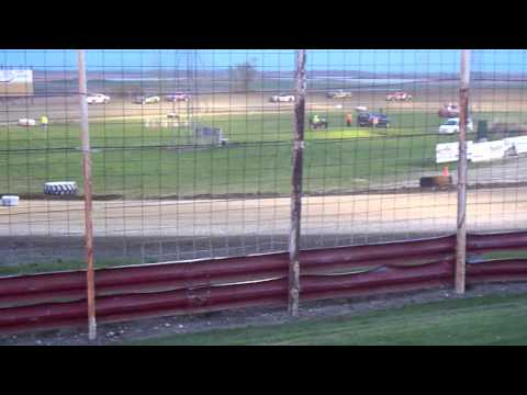 100 2343  2015-05-23 Devils Lake Speedway Street Stock Feature