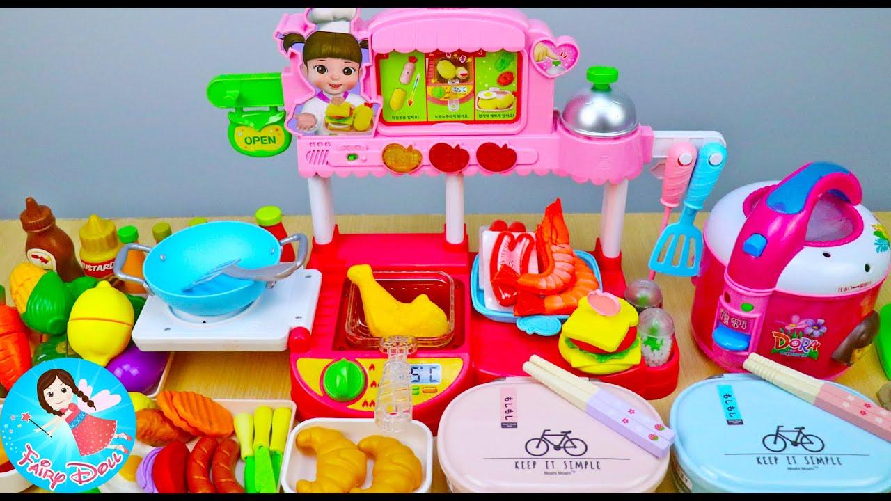 ละครสั้น คุณแม่ทำข้าวกล่องให้เมลจังและเพื่อนไปโรงเรียน ของเล่นผักผลไม้หั่นได้ Fairy Doll TV