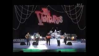 2000.08.26 ブラック・サンド・ビーチ~ワイプ・アウト リードギター:...