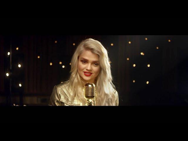 Margaret ft. The Voice of Poland 2015 Finalists - Coraz Bliżej Święta