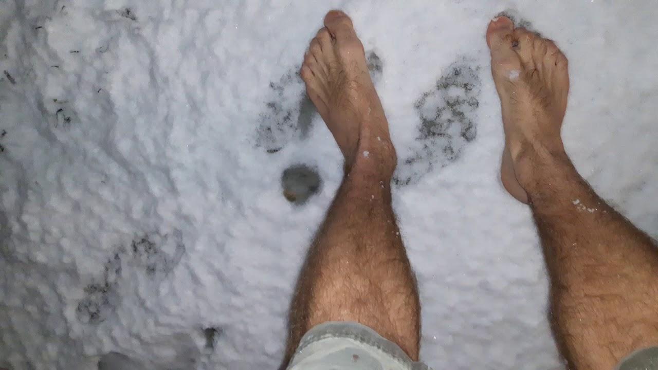 Как надо закаляться, что- бы мёрзли ноги.