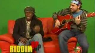 Richie Spice - Youths So Cold - LIVE ACOUTIC RIDDIM UP PLUSH
