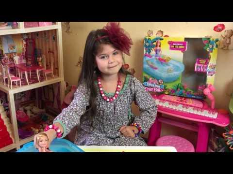 ☆Глория Ларипунька:)☆ Обзор Барби с бассейном. Игры для детей. Видео для девочек. Детское видео.