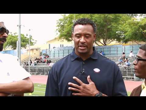 Snoop Dogg & Willie McGinest: GraveDigga Football TV