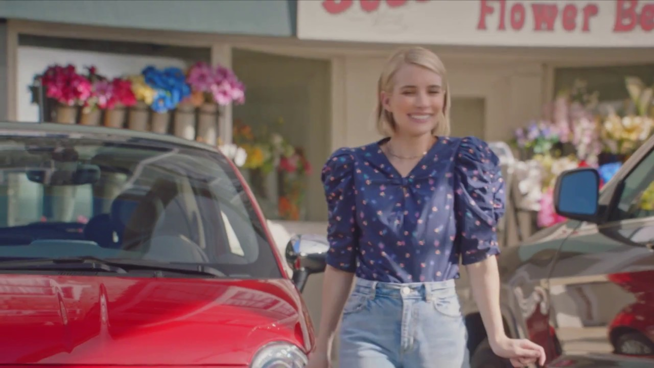 Fiat 500 Featuring Emma Roberts Parking Lot Commercial Tv Youtube