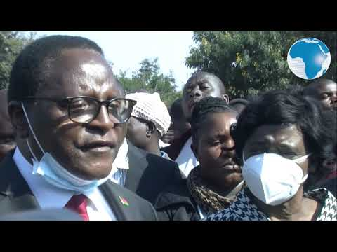 Malawian Preacher Lazarus Chakwera Sworn In As President After Beating Incumbent Mutharika In Rerun