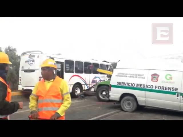 Se registra choque entre camión de pasajeros y peregrinos