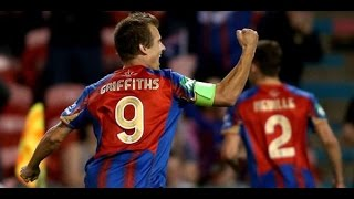 Newcastle Jets vs Adelaide United: Hyundai A-League 2014/15 (Round 11)