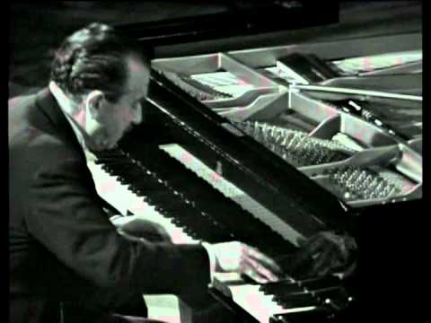 "Claudio Arrau Beethoven ""Appassionata"" (Full)"