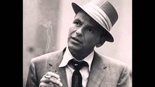 Смотреть клип песни: Frank Sinatra - Chattanoogie Shoe Shine Boy