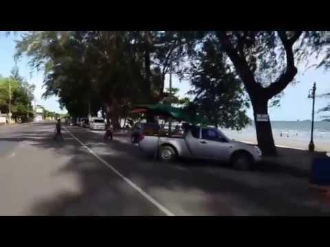 bangkok-beach-road-in-thailand
